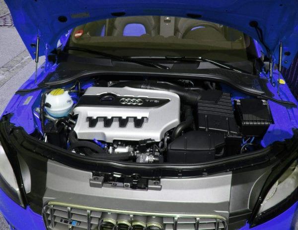 Engine Service - Techline Motors in Kitchener & Waterloo